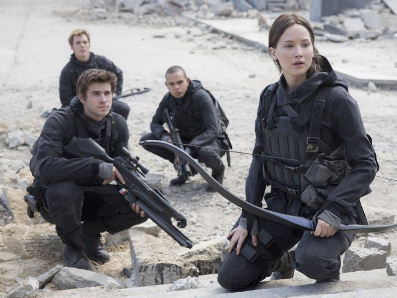 18_Hunger Games knocks James Bond from top