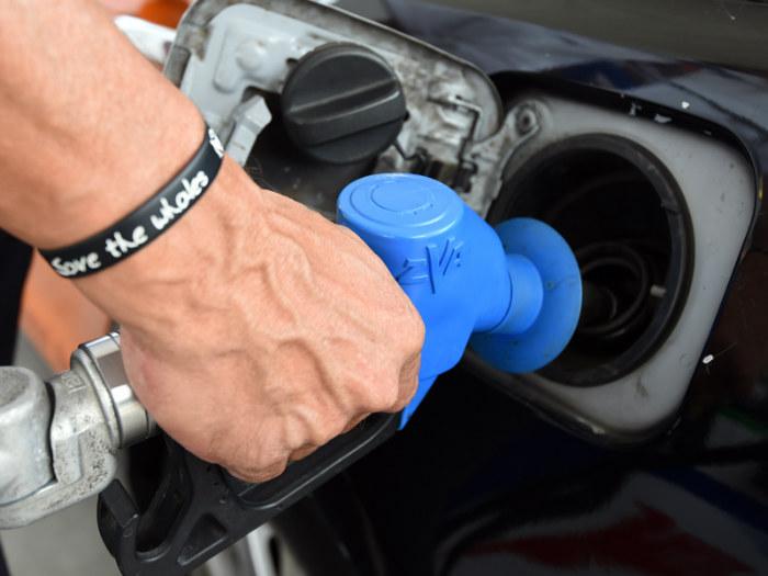 14_ACCC pulls case against petrol retailers