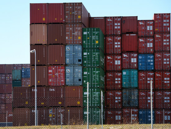 05_Trade deficit widens in February