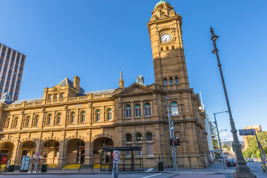 13_Historic Aust Post offices under review